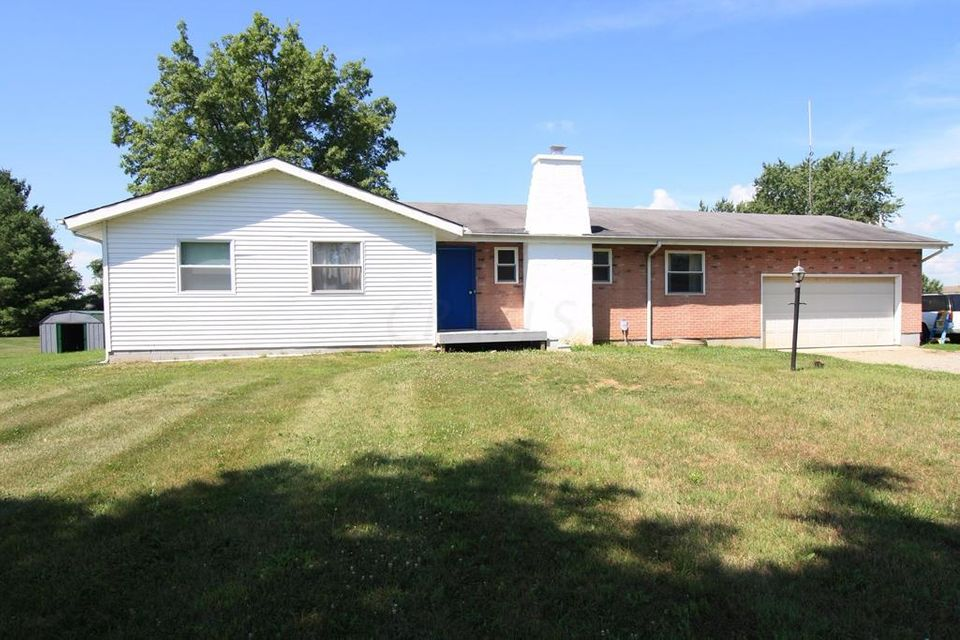 Photo of home for sale at 11747 Ballah Road, Orient OH