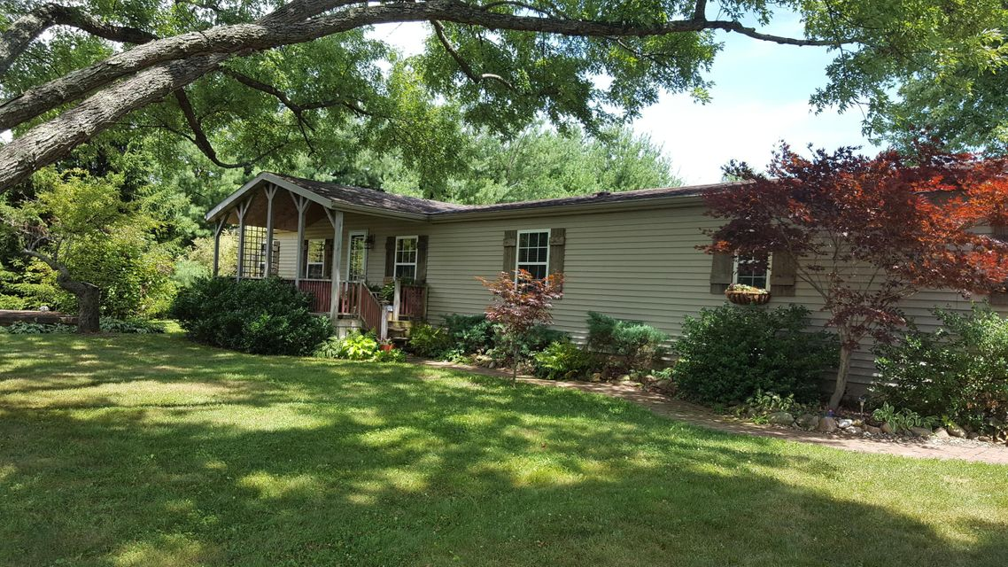 Photo of home for sale at 4353 State Route 61, Mount Gilead OH
