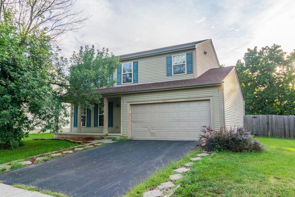 Photo of home for sale at 467 TALLMAN Street, Groveport OH
