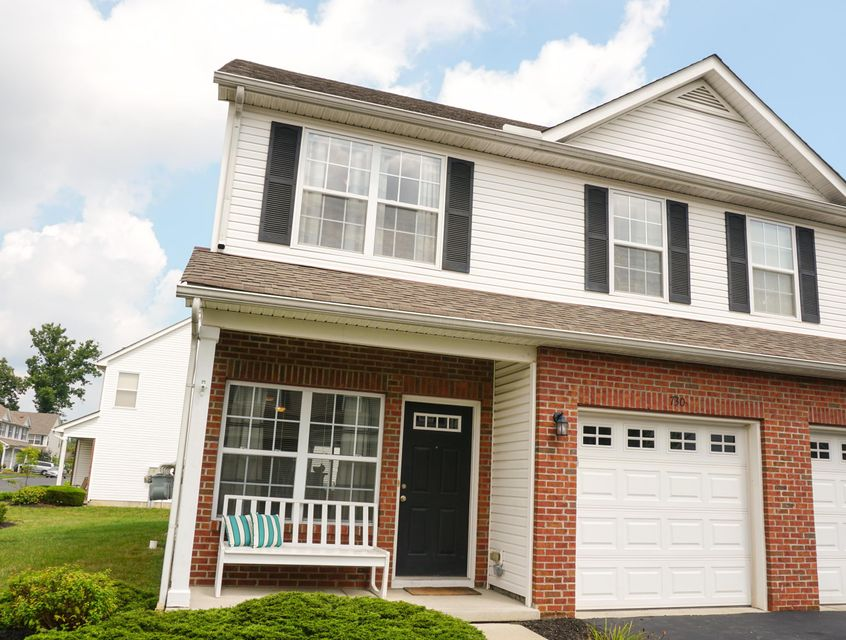 Photo of home for sale at 730 Park Court, Columbus OH