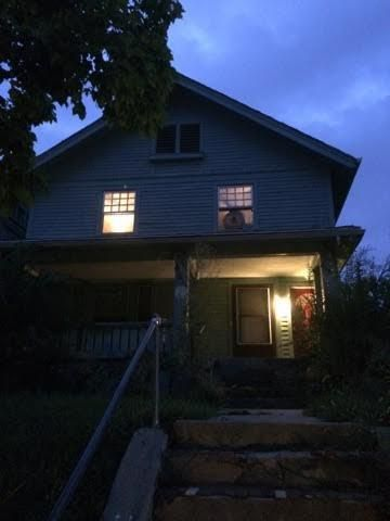 Photo of home for sale at 425-427 Lexington Avenue, Dayton OH