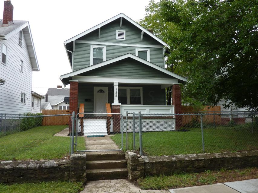 Photo of home for sale at 185 Terrace Avenue N, Columbus OH