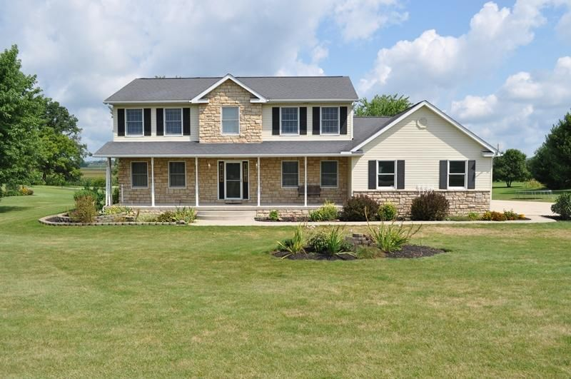 Photo of home for sale at 6030 Richland Road NE, Rushville OH