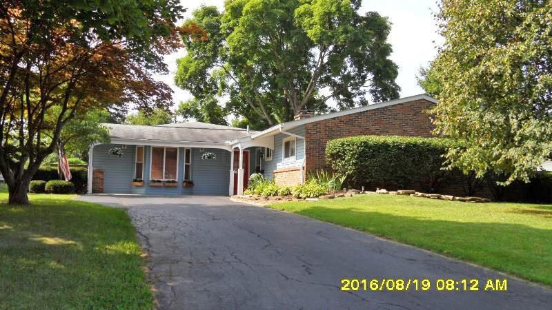 Photo of home for sale at 303 Rocky Fork Drive S, Columbus OH
