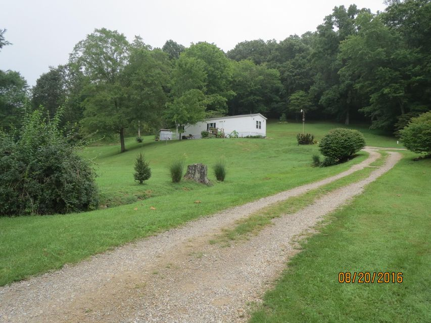Photo of home for sale at 16352 Wagner Road, Laurelville OH