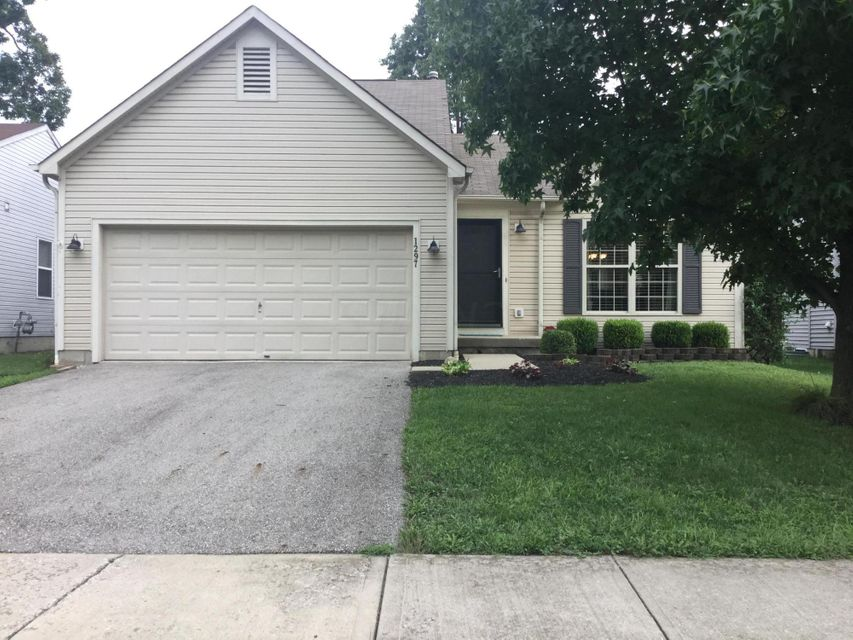 Photo of home for sale at 1297 Tenagra Way, Columbus OH
