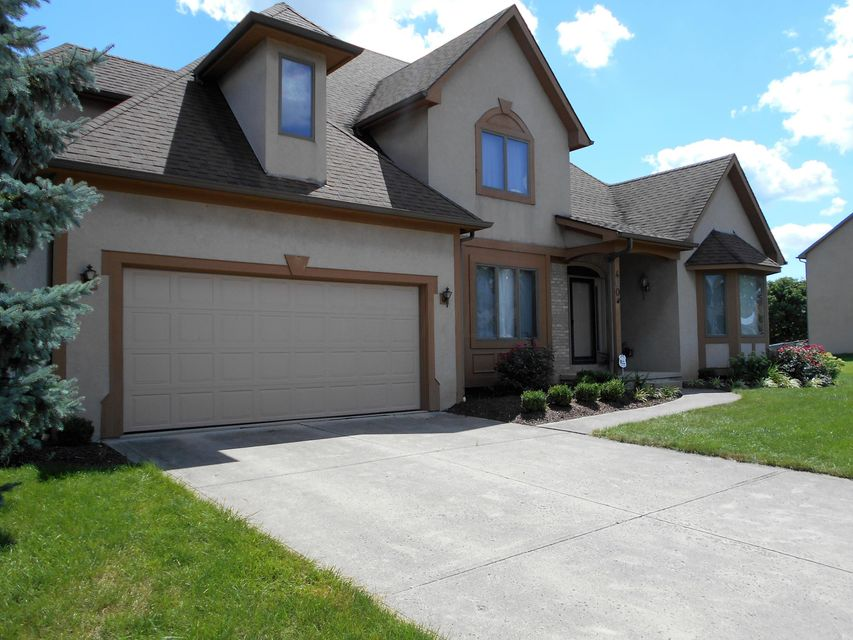 Photo of home for sale at 400 BRANDING IRON Drive, Galloway OH