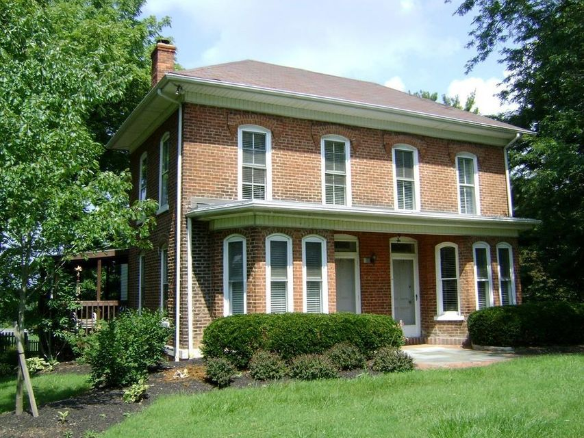 Photo of home for sale at 10345 State Route 188 N, Pleasantville OH