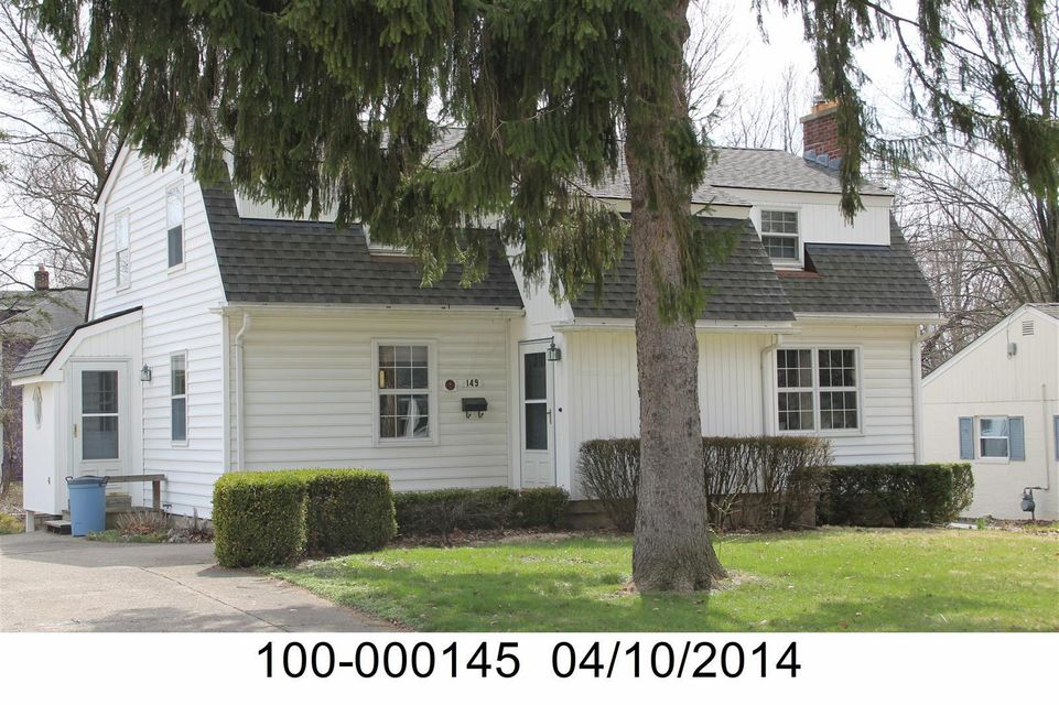 149 E North St, Worthington, OH 43085