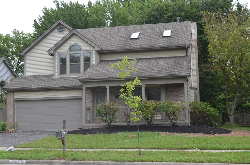 Photo of home for sale at 8746 SHILLINGTON Drive, Powell OH