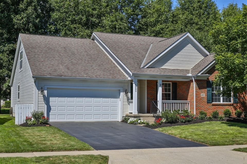 Photo of home for sale at 4483 Fabel Street, New Albany OH