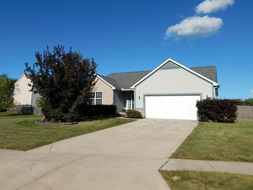 Photo of home for sale at 316 KYBER RUN Circle, Johnstown OH