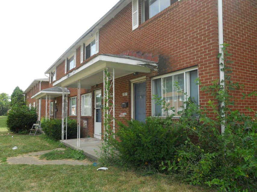 Photo of home for sale at 391 Barnett Road, Columbus OH