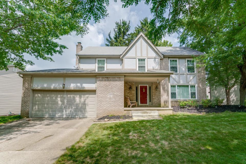 Photo of home for sale at 2464 Higgins Place, Dublin OH
