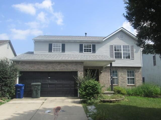Photo of home for sale at 2778 Raphael Drive, Columbus OH