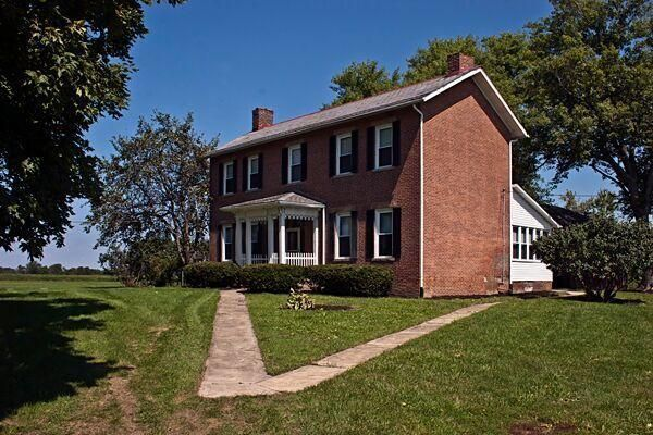 Photo of home for sale at 9090 Welch Road, Orient OH