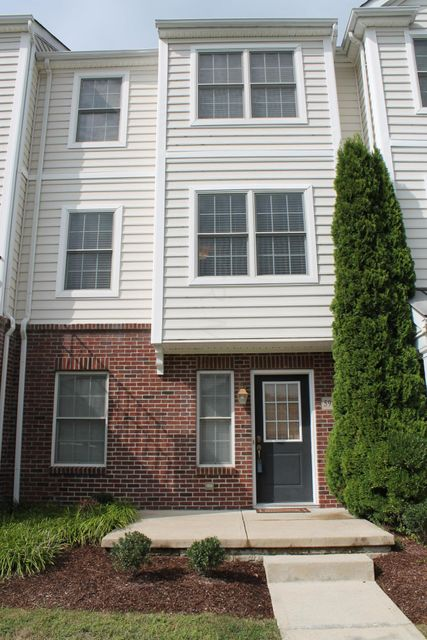 Photo of home for sale at 5986 TURNWOOD Drive, Westerville OH