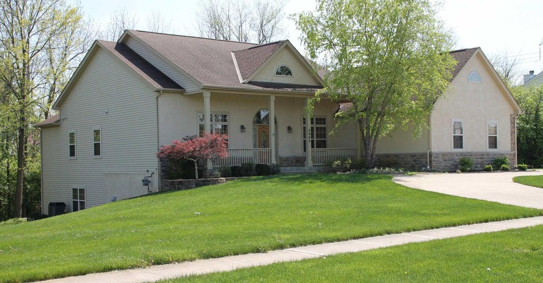 2085 Quail Creek Boulevard, Grove City, OH 43123