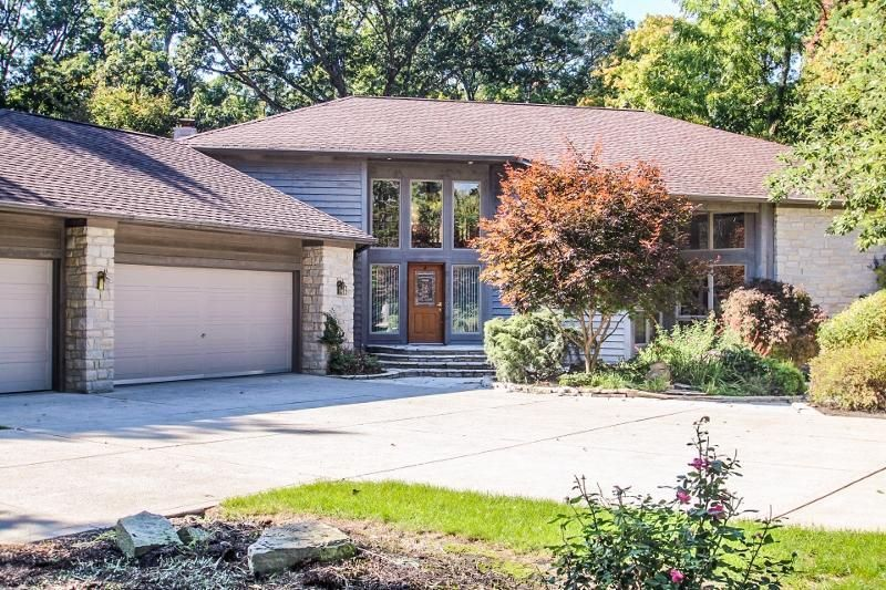 215 Founders Court, Gahanna, OH 43230
