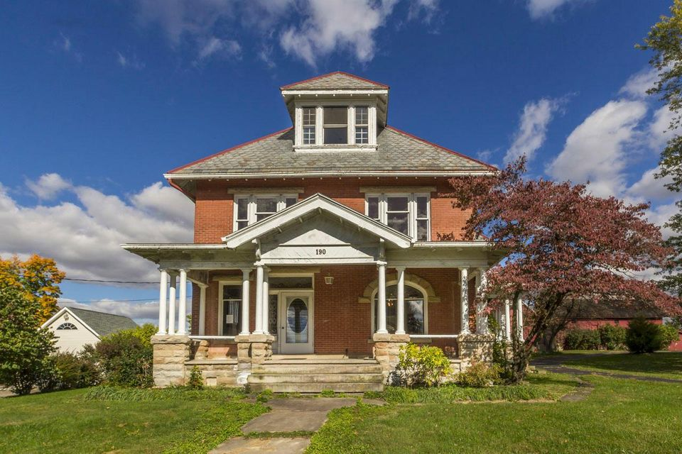 Photo of home for sale at 190 Main Street N, Johnstown OH