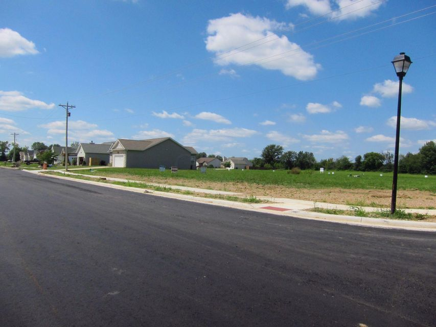 Photo of home for sale at 120 Station Street W, Ashville OH