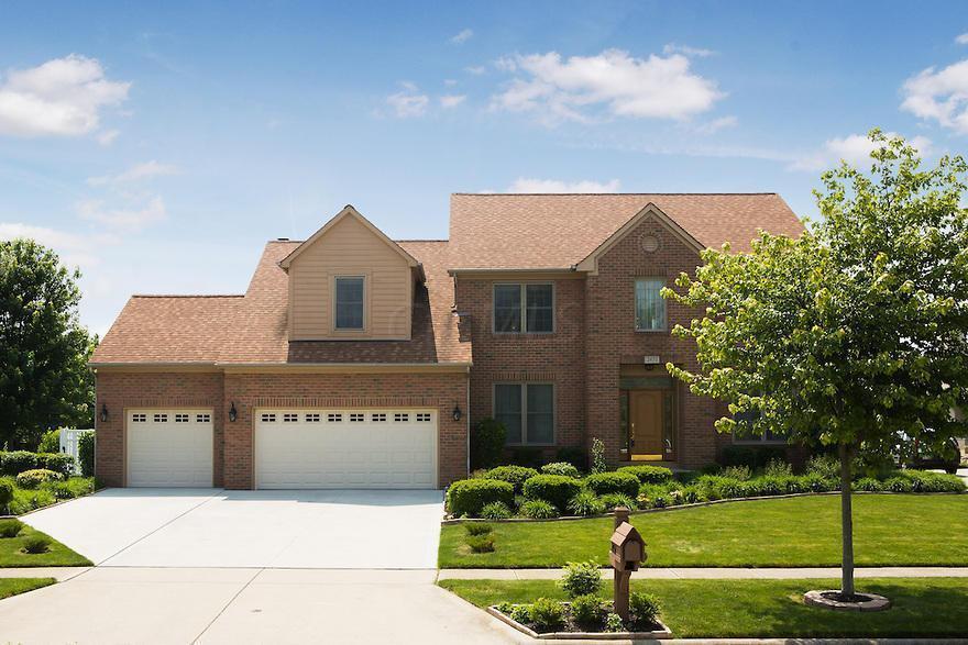 2451 Milligan Grove, Grove City, OH 43123