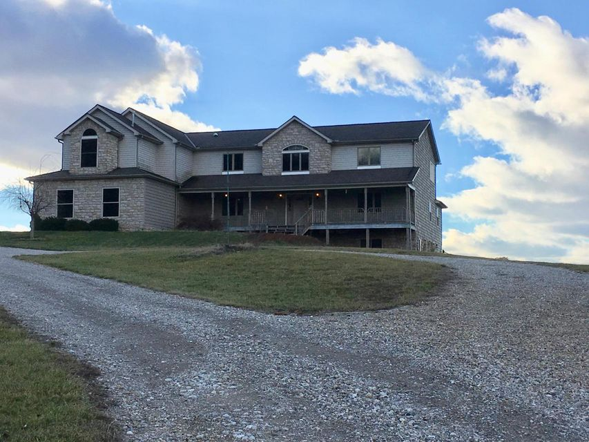 3239 Country Club Road SW, Lancaster, OH 43130