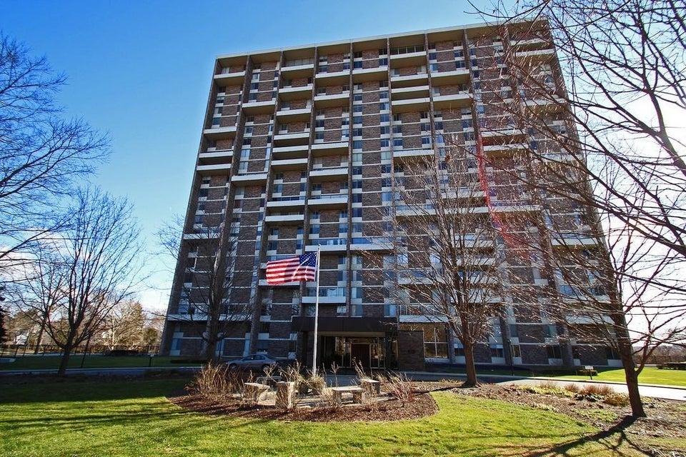1000 URLIN Avenue 911, Grandview Heights, OH 43212