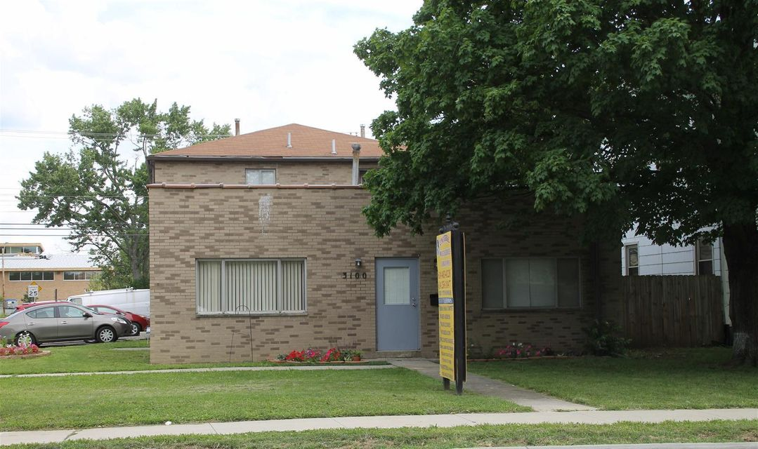Photo of home for sale at 3100 Sullivant Avenue, Columbus OH