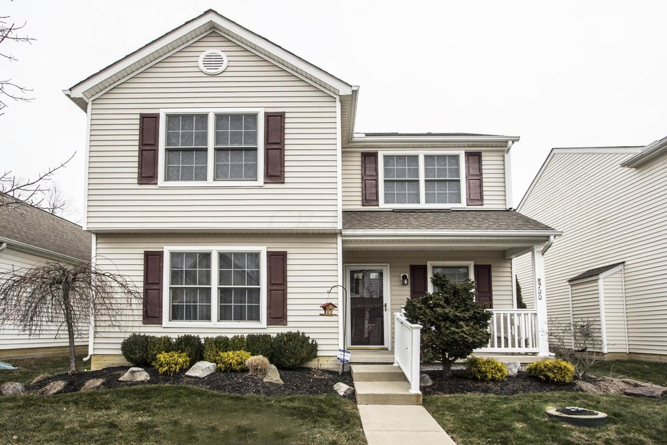 Photo of home for sale at 8700 Pennycress Lane, Lewis Center OH