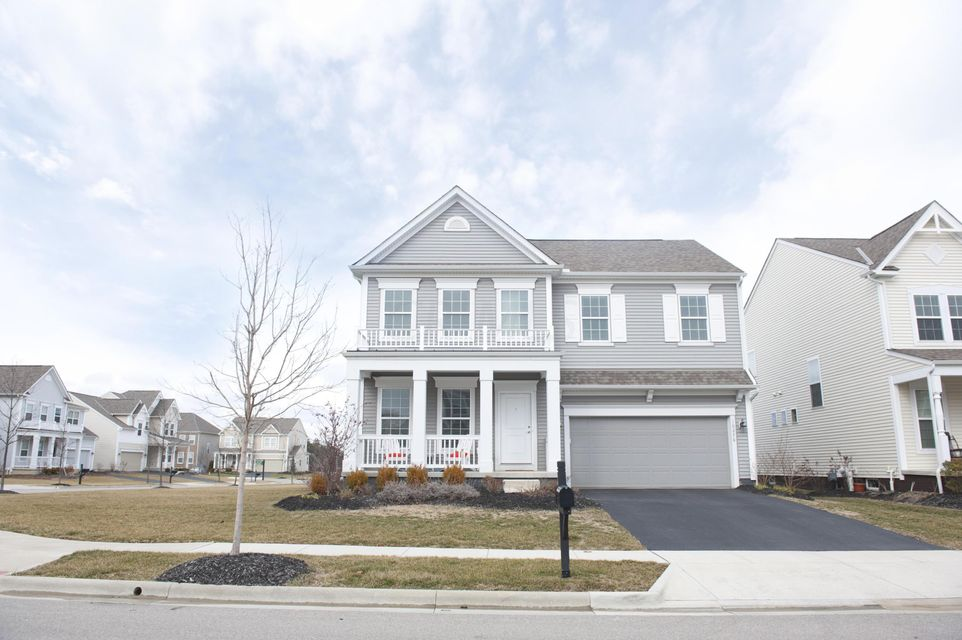 Photo of home for sale at 10276 Bayberry Way, Plain City OH