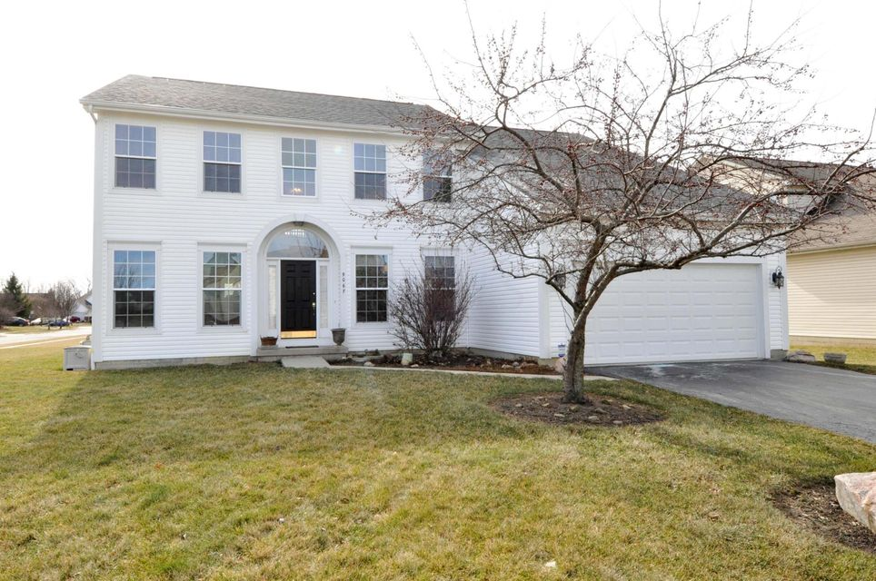 Photo of home for sale at 9067 MAREN Court, Reynoldsburg OH