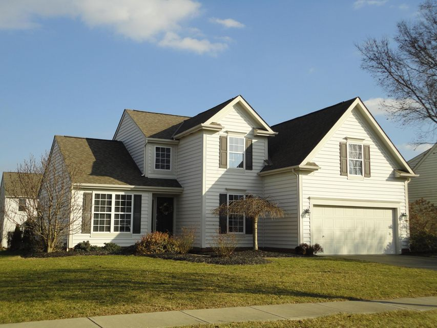 Photo of home for sale at 4585 Alston Grove Drive, Westerville OH