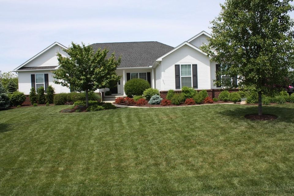 Photo of home for sale at 373 Long Trail, Ostrander OH
