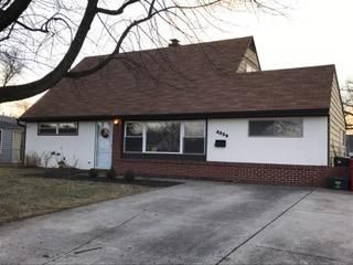 Photo of home for sale at 4339 Brookgrove Drive, Grove City OH
