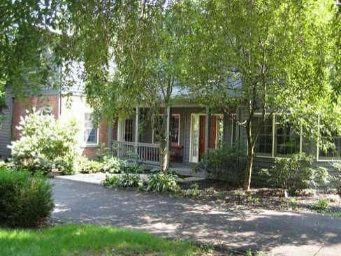 Photo of home for sale at 4720 Walnut Street E, Westerville OH