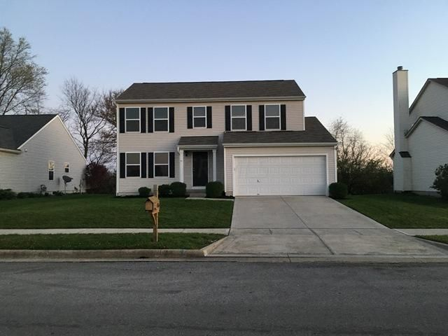 Photo of home for sale at 315 Sycamore Drive, Circleville OH