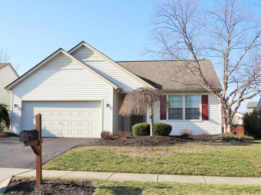 Photo of home for sale at 5561 Longworth Drive, Galloway OH