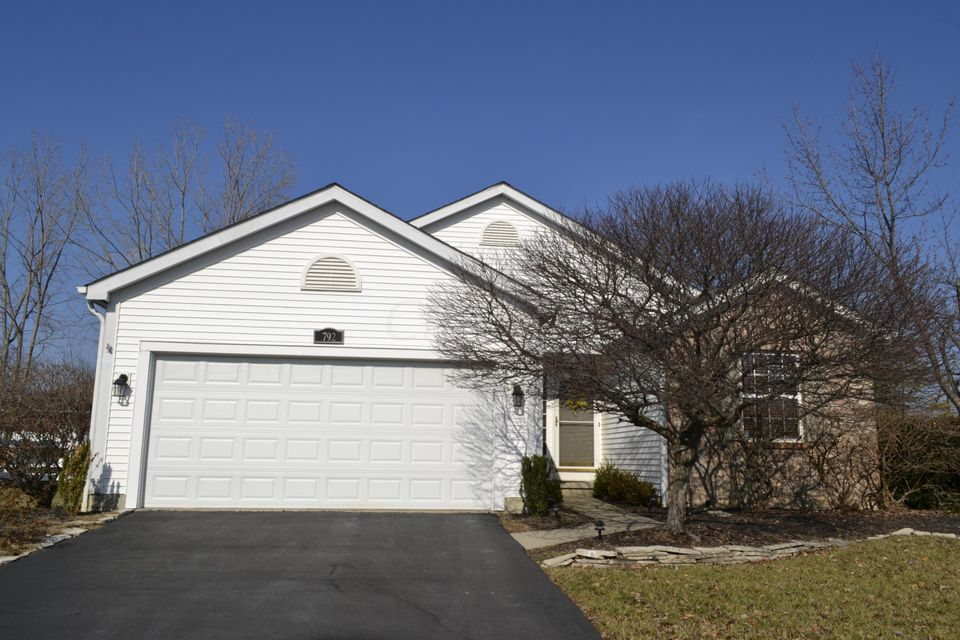 Photo of home for sale at 792 Wynstone Drive, Lewis Center OH