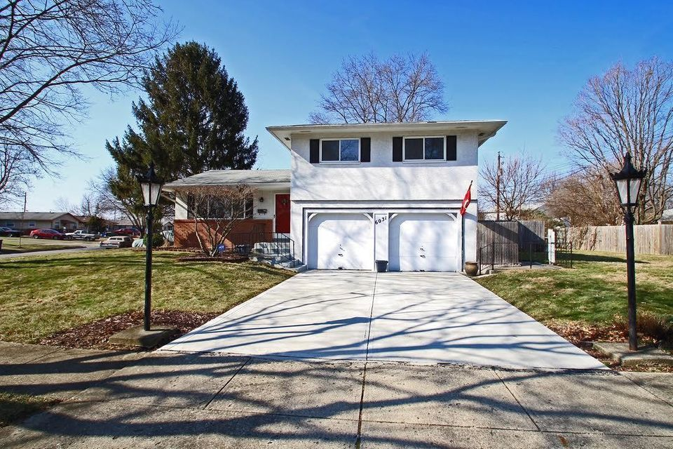 Photo of home for sale at 6031 TELFORD Drive, Columbus OH