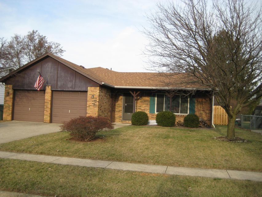 Photo of home for sale at 5634 Ponderosa Drive, Columbus OH