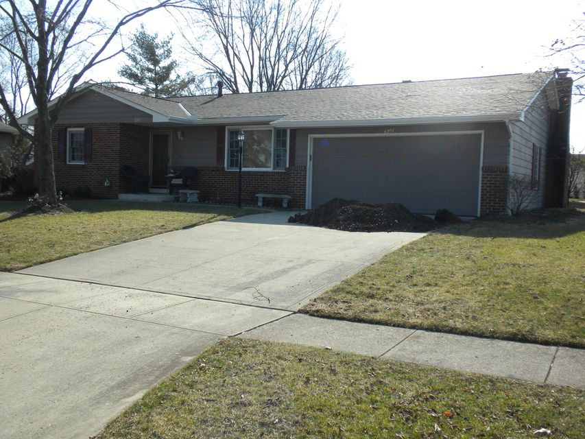Photo of home for sale at 2397 Salem Avenue, Grove City OH