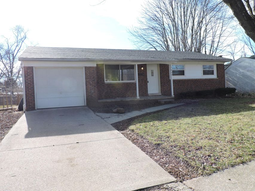 Photo of home for sale at 5069 Jameson Drive, Columbus OH