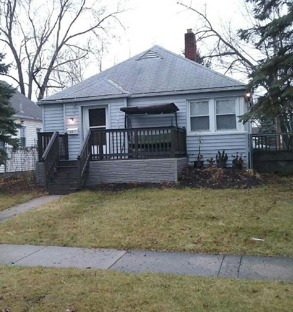 Photo of home for sale at 2800 BELLWOOD Avenue, Columbus OH