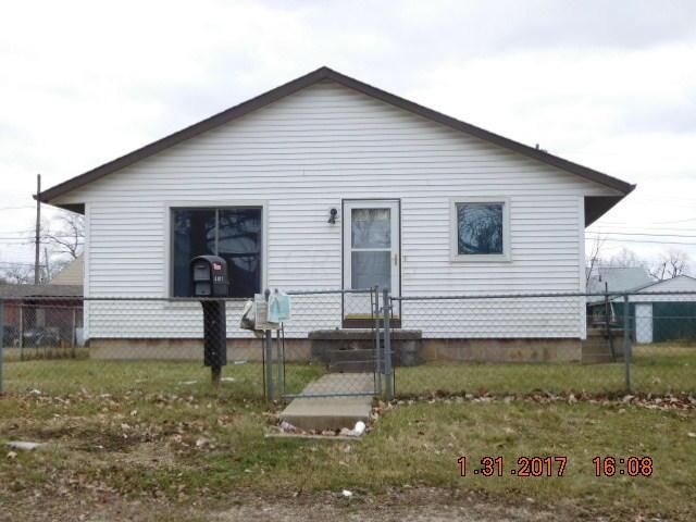 Photo of home for sale at 2181 Springmont Avenue, Columbus OH