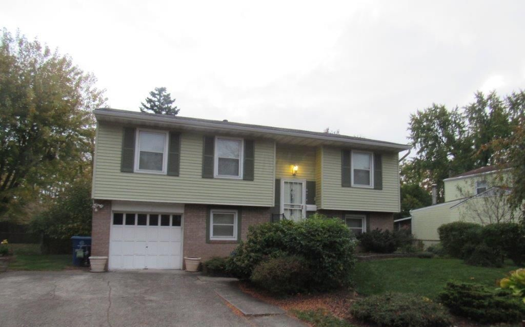 Photo of home for sale at 6014 ENDICOTT Road, Columbus OH