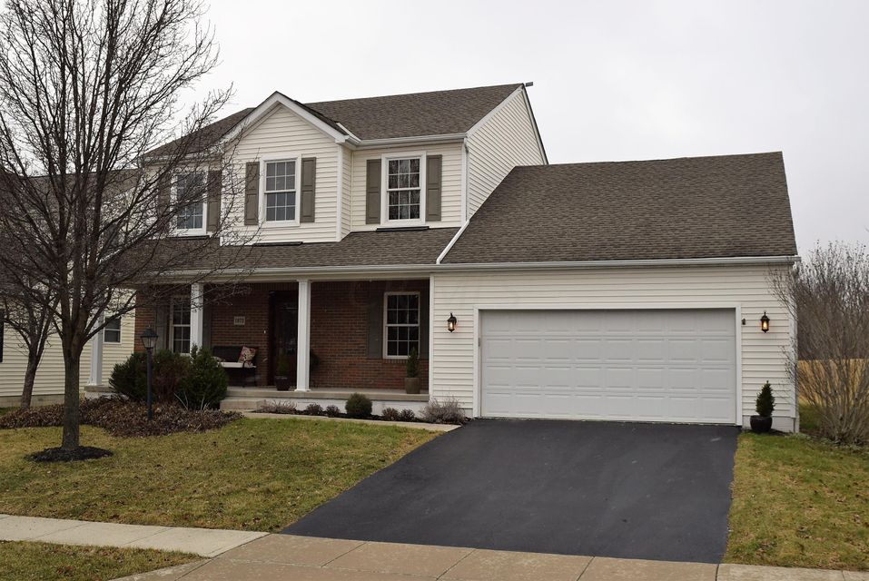 Photo of home for sale at 1873 Chiprock Drive, Marysville OH