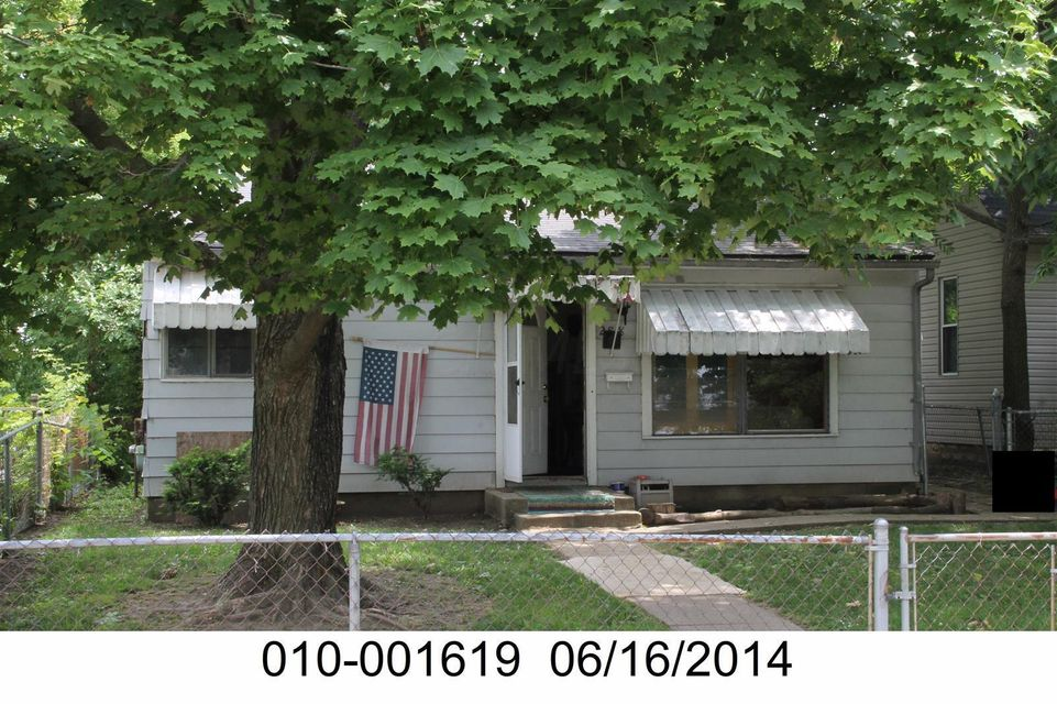 Photo of home for sale at 288 Lechner Avenue, Columbus OH