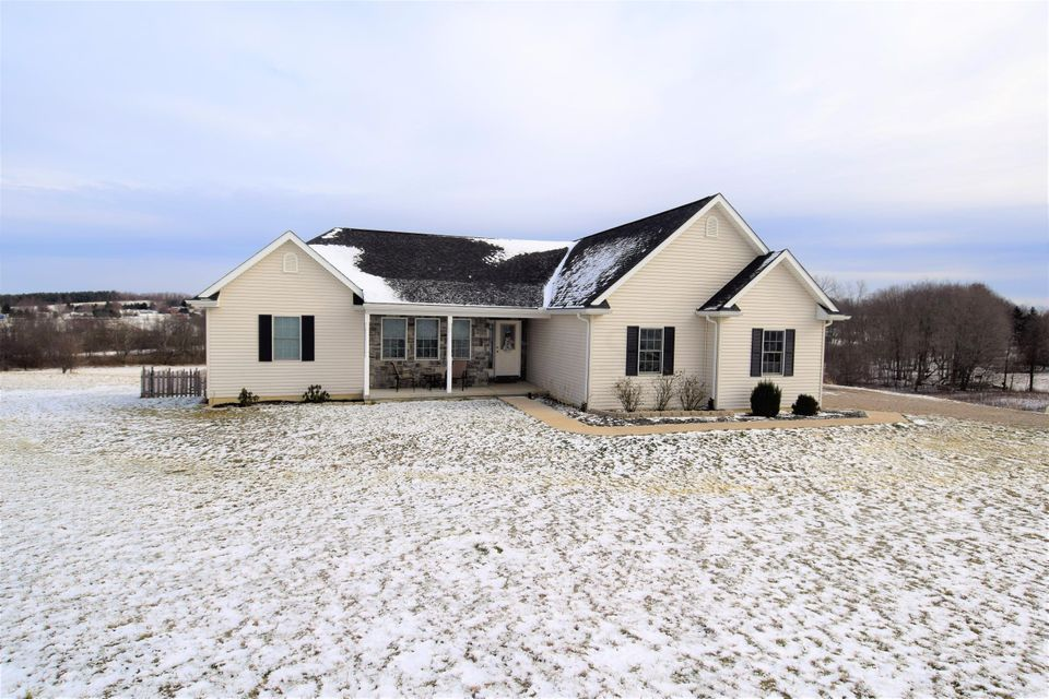 6288 County Road 52 NW, Rushville, OH 43150