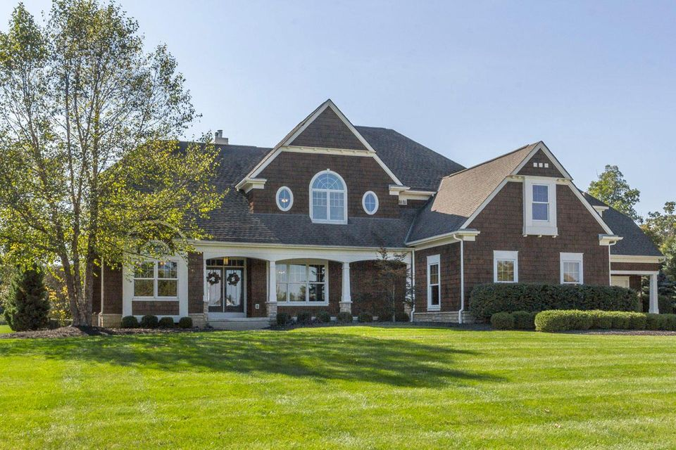 1677 Riverstone Drive, Delaware, OH 43015
